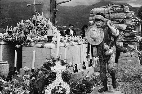 MACARIO-1960-04